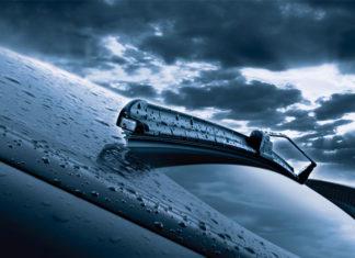 Kiedy powinno wymieniać się wycieraczki w samochodzie?